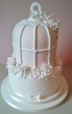 Birdcage Wedding Cake Birdcage Wedding Cake, Wedding Cakes, Different Types Of Cakes, Bird Cages, Decorated Cakes, Feminine Style, Beautiful Cakes, Lincoln, Cake Decorating