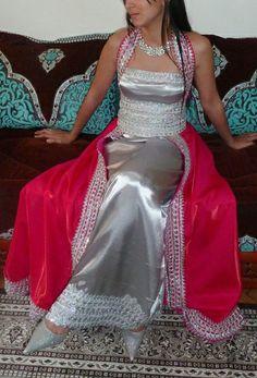 Robe kabyle revisitée, style moderne  - robe bustier  - gilet long avec traine a couper dans la ceinture