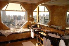 The Ritz Carlton Singapore (I miss this bathroom)