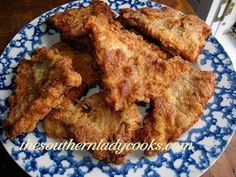 Fried Catfish Fillets ( The Southern Lady Cooks) Fish Dishes, Seafood Dishes, Seafood Recipes, Cooking Recipes, Main Dishes, Meal Recipes, Pasta Dishes, Catfish Recipes, Salmon Recipes