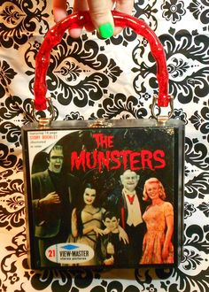 The Munsters fan art cigar box purse, hand made by Secretia Noxious  http://www.etsy.com/shop/NOXIOUSPUNX