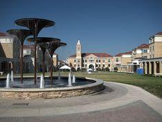 Texas Christian University. Frog Plaza.