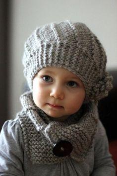 Mais um gorro e cachecol em tricot - Rendas & Botões