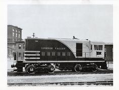 Lehigh Valley, Diesel Locomotive, Roads, Trains, Yard, Pictures, Photos, Patio, Courtyards