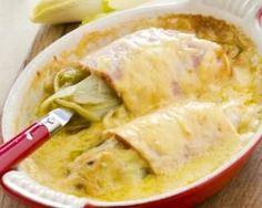 Endives gratinées à la tomme de montagne et jambon, sauce au vin blanc : http://www.fourchette-et-bikini.fr/recettes/recettes-minceur/endives-gratinees-a-la-tomme-de-montagne-et-jambon-sauce-au-vin-blanc.html