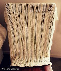 Ravelry: Lacy Lattice Baby Blanket pattern by Lisa van Klaveren