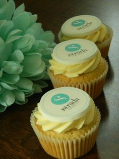 Branded Cupcakes | #eventprofs www.MonasEventDosAndDonts.com/blog | Corporate Event Planning & Blog