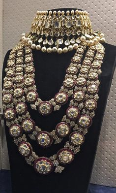 Many years ago buying some diamond jewelry was kind of simple. if you wanted to buy some diamond […] Indian Jewelry Sets, Indian Wedding Jewelry, Royal Jewelry, Diamond Jewelry, Fine Jewelry, Gold Jewellery, Bridal Jewellery, Silver Jewelry, Indian Bridal