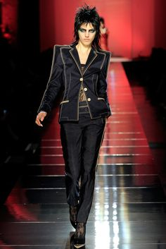 Jean Paul Gaultier Spring 2011 Ready-to-Wear Collection Slideshow on Style.com