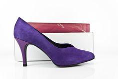 #Purple #suede #shoes #heels #leather #zapatos #piel #ante #estilo #original #style www.jorgelarranaga.com