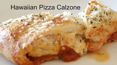 This easy homemade calzone recipe will take your favorite pizza and wrap it into something tasty! Making calzones have never been easier! Pizza Calzone Recipe, Homemade Calzone, Pizza Recipes, Cooking Recipes, Pizza Calzones, Pizza Pizza, Stromboli, Pizza Dough, How To Make Calzones