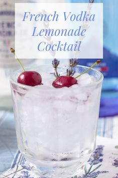 Master effortless entertaining with a French-inspired cocktail party, featuring easy appetizers & a vodka lemonade cocktail garnished with lavender. Vodka Lemonade, Lemonade Cocktail, Cocktail Garnish, Vodka Cocktails, Easy Cocktails, Cocktail Drinks, Cocktail Recipes, Whiskey Drinks, Martinis