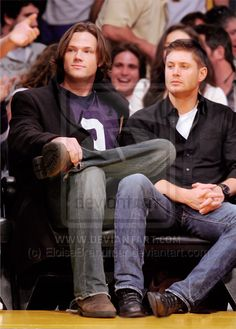 I love how Jared had his leg on top of Jensen's leg...so he fits.