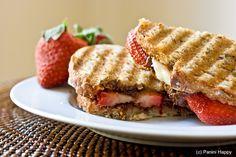 strawberry banana nutella panini