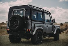 Project Millenium Falcon - 430 HP Land Rover Defender