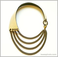 Maxi Collar de Piel Perlada y Cadenas Bronce. Pearlized Leather and Brass Chains Necklace. www.lesespirals.com