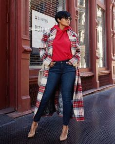 Shop from the best fashion sites and get inspiration from the latest tracksuit. Fashion discovery and shopping in one place at Wheretoget. Casual Fall Outfits, Winter Fashion Outfits, Fall Winter Outfits, Look Fashion, Autumn Winter Fashion, Cute Outfits, Plus Fashion, Womens Fashion, Fashion Heels