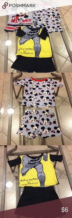 Bundle Size 2t pajamas Mickeymouse and Batman Bundle Size 2t Mickeymouse and Batman pajamas good condition Disney an Batman Pajamas Pajama Sets