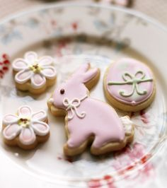 Easter bonnet cookies sil pinterest barbara jordan and pink bunny sugar cookie decoration easter cakes and baking inspiration edible gift idea negle Choice Image