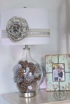 Winter Wonderland Holiday Lamp Decorating Challenge - Having a clear fillable lamp gives you the option to easily change out your decor based on the season or h… Fillable Lamp, All Things Christmas, Christmas Crafts, Lamp Makeover, Jar Lamp, Dollar Store Crafts, Winter Wonderland, Easy Crafts, Projects