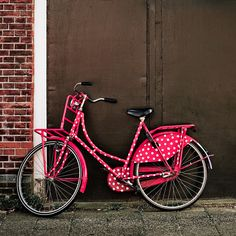 Let's go ride a bike . A pink polka dot bike! Pink Love, Pretty In Pink, Hot Pink, Fine Art Photo, Photo Art, Go Ride, Shoe Gallery, Everything Pink, Pink Polka Dots