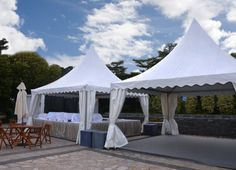 Stylish pagoda marquees with a centred points or pinnacles add class to any outdoor event with much needed shade. View our sizes available for pinnacle marquees and pointed tents!