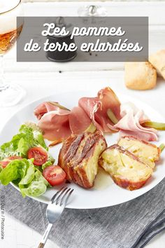 La recette des pommes de terre lardées #recette #idéerecette #recettefacile #pommedeterre #lard Lard, Four, Charcuterie, French Toast, Breakfast, Cooking Recipes, Morning Coffee