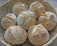 The fastest bread rolls in the world - Kochen - Homemade Bread Easy Cake Recipes, Baking Recipes, Bread Recipes, Chocolate Cake Recipe Easy, Food Cakes, World Recipes, Bread Rolls, Pizza Rolls, Bread Baking
