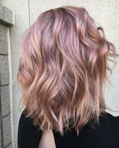 Are you looking for rose gold hair color hairstyles? See our collection full of rose gold hair color hairstyles and get inspired! Medium Hair Styles, Short Hair Styles, Hair Medium, Medium Long, Bob Hair, Gold Hair Colors, Purple Hair, Hair Colours, Rose Gold Hair Blonde