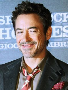 That smile says he knows secret, naughty things. Sherlock Holmes Robert Downey, Robert Downey Jnr, Robert Jr, Great Minds Think Alike, Downy, Downey Junior, Big Love, My Daddy, Tony Stark