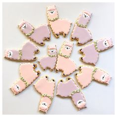"""""""* alpaca cookies ・ ・ #alpaca #lama #sugarcookies #royalicing #instacookies #icedcookies #customcookies #decoratedcookies #royalicing #ペンネンネネム…"""" Fancy Cookies, Cut Out Cookies, Cute Cookies, Royal Icing Cookies, Cupcake Cookies, Cupcakes, Sugar Cookies, Alpacas, Alpaca Gifts"""