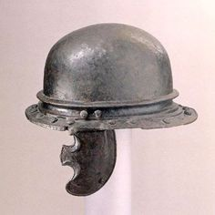 Agen Port helmet, 1st century B.C., from Giubiasco Ticino, Switzerland