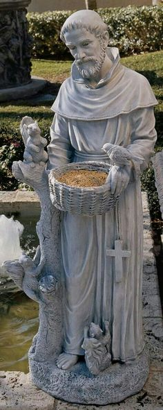 New Nature Art Sculpture Statues Ideas Catholic Saints, Patron Saints, Jungfrau Maria Statue, St Francis Statue, St Francisco, Holy Art, Virgin Mary Statue, Patron Saint Of Animals, Prayer Garden