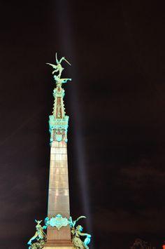 Place Sainte-Catherine - Sint-Katelijneplein (Plaisirs d'hiver - Winterpret) Place Sainte Catherine, Saint Katherine, Europe, Brussels Belgium, 10 Picture, Statue Of Liberty, Tourism, Night, Christmas