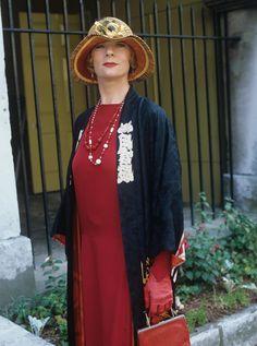 1985-ben McEwan Lucia-t játszotta a Channel 4-ben, az EF Benson Mapp és Lucia regényeiben.