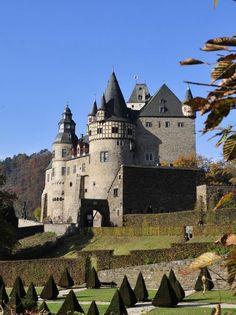 Castle Buerresheim, Rheinland-Pfalz, Germany ..rh