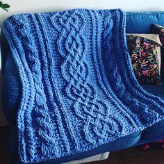 I Love My Blanket Knitting (@iloveblanket) • Instagram photos and videos Aran Knitting Patterns, Crochet Patterns, Blanket Patterns, Cable Knit Blankets, Baby Blanket Size, Star Blanket, Finger Knitting, Celtic Designs, Pattern Mixing