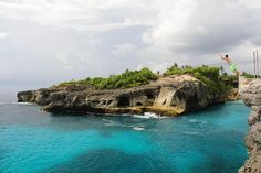 Do you know there are hidden untouched islands around Bali? These forgotten isles are often the best places to watch that stunning sunset or snorkel in the crystal clear water. Oh The Places You'll Go, Places To Travel, Places To Visit, Lembongan Island, Nusa Ceningan, Destinations, Destination Voyage, Paradise Island, Bali Travel