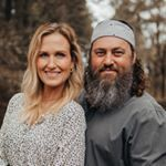 Carrie Underwood (@carrieunderwood) • Instagram photos and videos Famous Songwriters, Essential Oils For Pain, Container Gardening Vegetables, Carrie Underwood, Couple Photos, Photo And Video, Instagram, Videos, Drinks