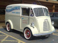 Wise Management Morris van in Sainsburys Huntingdon-344 CN… | Flickr