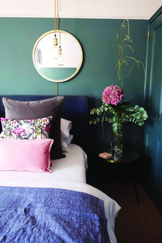 Calm contemporary bedroom with a pink and blue colour scheme. Walls in Farrow & Ball Inchyra Blue an. Calm contemporary bedroom with a pink and blue colour scheme. Walls in Farrow & Ball Inchyra Blue an. Trendy Bedroom, Modern Bedroom, Contemporary Bedroom Decor, Feminine Bedroom, Bedroom Green, Blue Bedrooms, Blue And Pink Bedroom, Colourful Bedroom, Blue Ceiling Bedroom