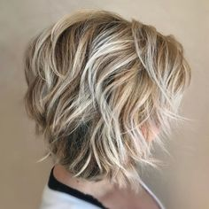 Bronde Bob with Lots of Fine Layers