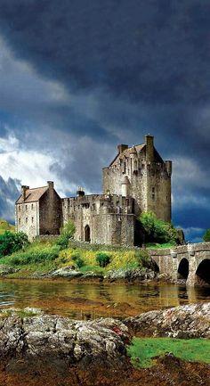 Eilean Donan - Kyle of Lochalsh, Scotland - - Eilean Donan – Kyle of Lochalsh, Scotland Hexborn Chronicles Fantasy Inspiration Eilean Donan Schloss, Schottland Scotland Castles, Scottish Castles, Beautiful Castles, Beautiful Places, Eilean Donan, Kyle Of Lochalsh, Beau Site, England And Scotland, Scotland Travel