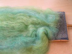 Knitty: Spring 2007 - blending tutorial  COMBINACION DE COLORES