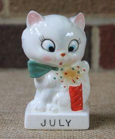Vintage-Norcrest-Ceramic-Cat-Calendar-Month-July-Made-in-Japan