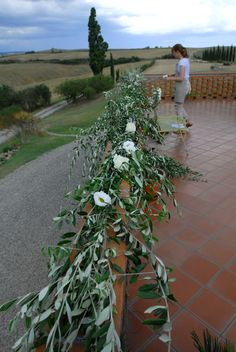 A+N August 2015, symbolic ceremony decoration with olive branches and white roses