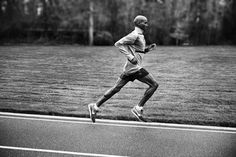 Mo Farah Runs in the Nike Air Pegasus+ 30
