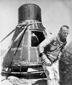 On this day in 1961 Astronaut Alan Shepard became the first American to travel in space. Shepard's suborbital flight from Cape Canaveral, Florida lasted only 15 minutes. The United States was… Project Mercury, Apollo Space Program, Nasa History, Apollo Missions, Aerospace Engineering, Space Projects, Astronauts In Space, Space Race, Vintage Space