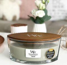 On ne se lasse pas de partager vos belles photos et votre expérience avec nos bougies parfumées WoodWick : merci beaucoup @carolefromnice !  #home #deco #bougie #candle #cocooning #chill #zen #instadeco #mua #nice06 #woodwick #woodwickcandle #fireside #deco #artdeco #design #flower #magasine