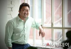 """[Interview] """"Familyhood"""" Ma Dong-seok, """"I'm lazy in everything but work"""""""